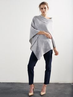 Product thumbnail of Slätstickad poncho