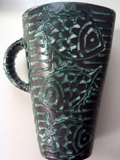 Small vase with fish decoration Ceramic Art, Art Deco, Pottery, Vase, Ceramics, Decoration, Artwork, Ceramica, Ceramica