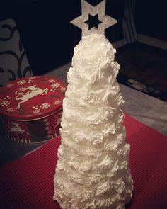 Kahvinsuodatinpapereista joulukoriste