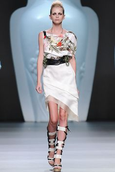 Ana Locking Spring 2013 RTW Madrid