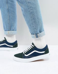 0720f2982e Vans Old Skool Sneakers In Blue VA38G1QVN Vans Old Skool Trainers