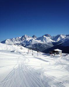 Ein paar Schwünge im weißen Schnee? Ja gerne! #ski #snowboard
