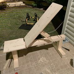 weight bench 5 positionflat/incline doubles as patio
