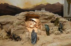 Christmas Crib Ideas, Christmas Pictures, Christmas Decorations, Old Candy, Christmas Nativity Scene, Miniature Houses, Egyptian, Display, Painting