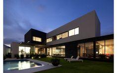 Líneas puras y sofisticadas - Noticias de Arquitectura - Buscador de Arquitectura