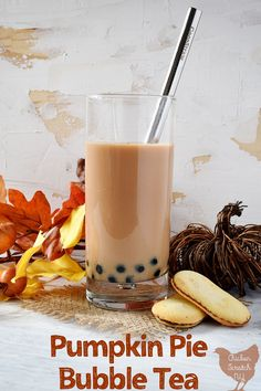 Making bubble tea at home is surprisingly simple, give it a try with this fall variation for Easy Pumpkin Pie Bubble tea and you'll never look back Fall Dessert Recipes, Tea Recipes, Fall Recipes, Real Food Recipes, Pumpkin Recipes, Drink Recipes, Fall Desserts, Cocktail Recipes, Vegetarian Recipes