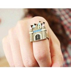 Bronze tone splendid castle ring New, never worn. Fun bronze tone splendid castle adjustable ring. Thank you for visiting my closet, please let me know if you have any questions, I offer great discounts on bundles :) Boutique Jewelry Rings