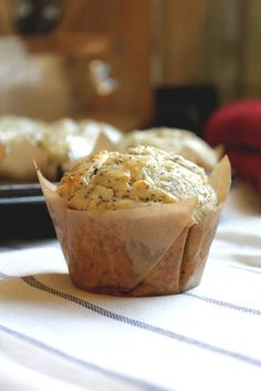 big fluffy lemon poppyseed muffins.