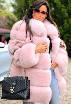 Fur Casual, Sable Coat, Rabbit Fur Coat, Winter Fur Coats, Fur Collar Jacket, Fur Clothing, Coat Stands, Long Jackets, Fur Jackets