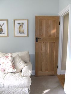 Our Solid Oak Style Internal Doors help give your home that truly traditional look! (%) buy today from the UK's leading reputable 1930 oak door supplier! 1930s Home Decor, 1930s House Interior, Interior Barn Doors, Exterior Doors, House Doors, Up House, Room Doors, Cottage Style Doors, Oak Furniture Land