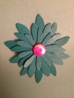 Sizzix Daisy die using Turquoise Vinyl & A Button Brad