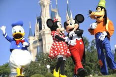 Visit Orlando this year - but be sure to book early to avoid high prices! www.holidaywithus.co.uk/a-journey-to-orlando/