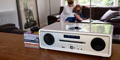 Ruark Audio es un sistema de audio stereo todo en uno, con alarma 🚨 , radio, CD, iPod o smartphone 📱 . Tú eliges dónde y cómo reproducir  😉