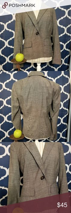 🌻🌺🌻TALBOTS BLAZER NWOT!! SIZE:8   BRAND:Talbots   CONDITION:NWOT (sorry, my camera didn't know what to think of this design lol) no flaws   COLOR:brown   🌟POSH AMBASSADOR, BUY WITH CONFIDENCE!   🌟CHECK OUT MY OTHER ITEMS TO BUNDLE AND SAVE ON SHIPPING!   🌟OFFERS WELCOME!   🌟FAST SHIPPING! Talbots Jackets & Coats Blazers