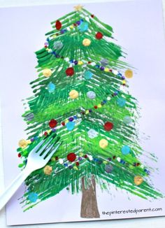 Fork painted Christmas tree - winter arts and crafts projects for kids. Stamp and paint with a fork. Arts And Crafts For Adults, Christmas Crafts For Adults, Christmas Tree Painting, Easy Arts And Crafts, Winter Crafts For Kids, Preschool Christmas, Craft Projects For Kids, Arts And Crafts Projects, Christmas Activities