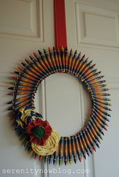 Usually I don't like crayon wreaths but this one looked more classy- Crayon Wreath #crafts #wreath via Serenity Now blog