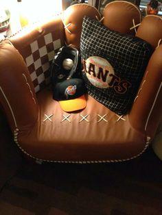 A Giants fan's throne
