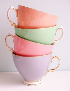 Pastel Teacups, You are able to appreciate break fast or different time times using tea cups. Tea cups also have decorative features. Once you look at the tea pot types, you will dsicover this clearly. Palette Pastel, My Cup Of Tea, Mug Cup, High Tea, Afternoon Tea, Tea Time, Dinnerware, Coffee Cups, Tea Party