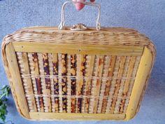 Mallette osier    ,mallette artisanale osier vintage 1960,sac à main d'été en osier et bambou de la boutique FrenchTouchSoChic sur Etsy