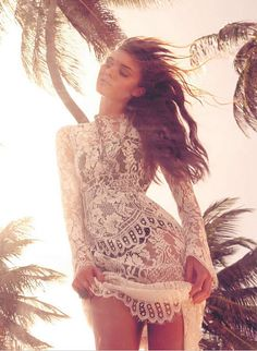 lace and palms #planetblue
