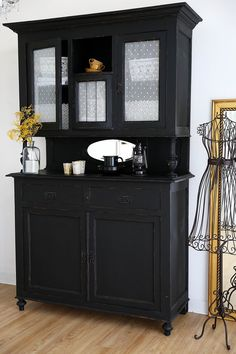 vintage buffets buffet jule k chenbuffet antiker. Black Bedroom Furniture Sets. Home Design Ideas