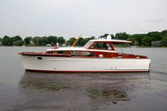 Cruiser Boat, Cabin Cruiser, Classic Wooden Boats, Classic Boat, Float Life, Chris Craft Boats, Restoration Shop, Classic Yachts, Vintage Boats