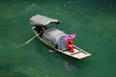 Dragon Stream. A shore excursion from the Yangtze cruise.
