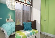 Stylish-transitional-home-kid3s-girls-room-robeson-design