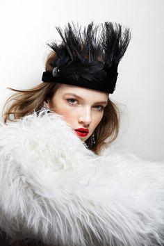 galastyle // Eva Klimkova for Elle Czech April 2014