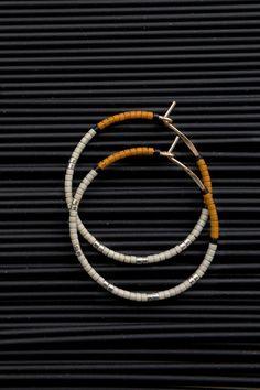 Beaded Jewelry, Handmade Jewelry, Beaded Bracelets, Diy Jewellery, Jewellery Designs, Jewelry Making, Necklaces, Diy Earrings, Beaded Earrings Patterns