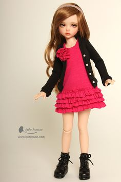 Most incredible dolls I have ever seen!  Ball jointed Doll Total Shop :::Iplehouse.net::