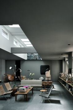Maurizio Pecoraro's Elegant Home in Milan   Yellowtrace.