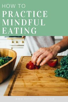 How do we reconnect with our food and learn how to practice mindful eating? Here are some strategic tips to help get you started. Benefits Of Nutrition, Best Nutrition Apps, Food Nutrition Facts, Nutrition Activities, Nutrition Guide, Nutrition Education, 200 Calorie Meals, Reading Food Labels, Meal Plans To Lose Weight