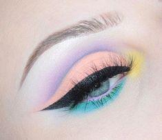WEBSTA @ - Kat Von D Pastel Goth Palette. Pastel eye make up with cut crease WEBSTA @ - Kat Von D Pastel Goth Palette. Pastel eye make up with cut crease Makeup Eye Looks, Eye Makeup Art, Cute Makeup, Pretty Makeup, Eyeshadow Makeup, Eyeshadows, Mac Makeup, Stunning Makeup, 1980s Makeup