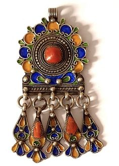 Intalnire cu femeile Kabyles)