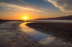 Just another sunset at Paraparaumu Beach... by Jos Buurmans