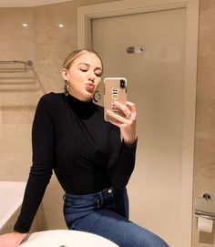 I wish you sidewalk pennies on bad days and the unfailing sense that things are just going to work out 💋 Chloe Lukasiak, Bad Day, Celebs, Celebrities, Dance Moms, Going To Work, Celebrity Pictures, Just Go, Turtle Neck