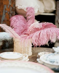 Pink Shabby Chic design ideas and photos to inspire your next home decor project or remodel. Check out Pink Shabby Chic photo galleries full of ideas for your home, apartment or office. Shabby Chic Couture, Shabby Chic Pink, Shabby Chic Homes, Kitsch, Instead Of Flowers, I Believe In Pink, Pink Feathers, Everything Pink, Deco Table