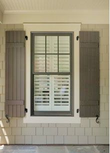 Cedar Shake vinyl siding, window trim and shutters, exterior colors Exterior Color Schemes, Siding Colors, Exterior Paint Colors For House, Exterior Trim, Paint Colors For Home, Exterior Shutters, Black Shutters, Colour Schemes, Paint Shutters