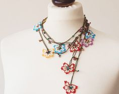 Boho Flower Necklace, Oya Beaded Crochet Necklace, Boho Wrap Necklace, Vintage Wrap Beaded Lariat Jewelry Beadwork, ReddApple