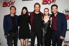The best cast EVER! #Outlander ~ #SDCC #SDCC2017 . Via FarFarAway . #OutlanderStarz #OutlanderSeries #OutlanderSeason3 #SamHeughan #CaitrionaBalfe #TobiasMenzies #sophieskelton #richardrankin