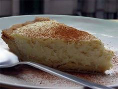 South Africa's beloved melktert. It is a traditional Afrikaans tart served with afternoon tea Quick Easy Desserts, Delicious Desserts, Dessert Recipes, South African Dishes, South African Recipes, Melktert, Chocolate Wine, Sugar And Spice, Sweet Treats