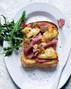Ham and cheese sarmies with honey-mustard sauce - MyKitchen