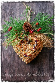 Vintage Country Bird Seed Wreath By Folk Artist Dee Duncan|FOLK Magazine http://www.facebook.com/pages/Vintage-Country-Marketplace/386517411432819?ref=tn_tnmn#!/pages/Vintage-Country-Marketplace/386517411432819