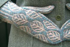 https://flic.kr/p/9rNvAf | Wintergreen Mittens | pointypointysticks.blogspot.com/2011/03/wintergreen-mitte...