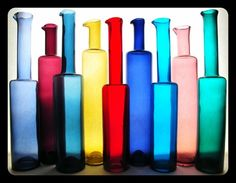 Nanny Still decanter set My Glass, Glass Art, Bottle Chandelier, Colouring Pics, Lassi, Creative Colour, Color Shapes, Glass Design, Colored Glass