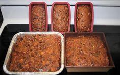 Recette : Gâteau aux fruits de Suzanne Lapointe. Bon Dessert, Beignets, Sweet Cakes, Suzanne, Sheet Pan, Banana Bread, Cake Recipes, Biscuits, Low Carb