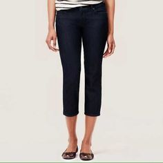 Ann Taylor Modern Crop Size 10P BNWOT! They sit lower on the waist for an updated, modern look, this super cool pair flaunts an alluring dark blue wash for a clean, polished look. Ann Taylor Jeans