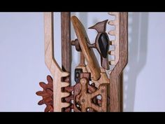 A collection of videos from the internet on several Wooden Cat & Mouse Automata projects. Wooden Gears, Mechanical Art, Cat Mouse, Wooden Cat, Kinetic Art, Wood Toys, Wood Crafts, Woodworking, Benches