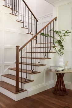 Famous designer flips Dunthorpe estate: The Emily Henderson House is for sale at. - Home Design House Staircase, Staircase Remodel, Staircase Makeover, Staircase Railings, Wrought Iron Stair Railing, Staircases, Stair Spindles, Staircase Ideas, Banisters